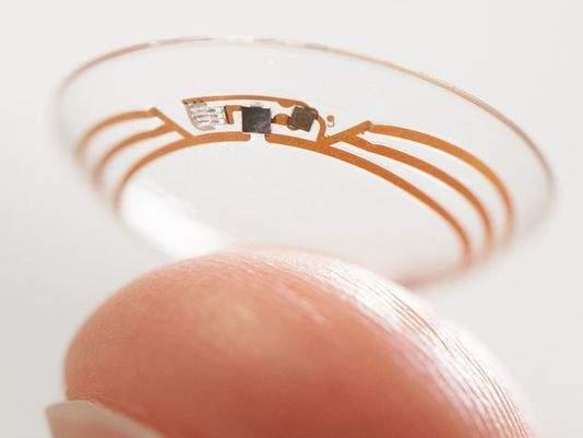 lentille de contact intelligente-google pour mesurer le taux du glucose dans les larmes