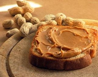 le beurre de cacahuete consommé régulièrement réduit le risque de cancer du sein