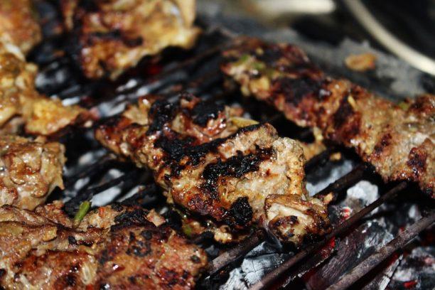 le barbecue cuisson a haute temperature cause le cancer