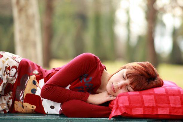 Quel oreiller choisir quand on a mal au dos 2