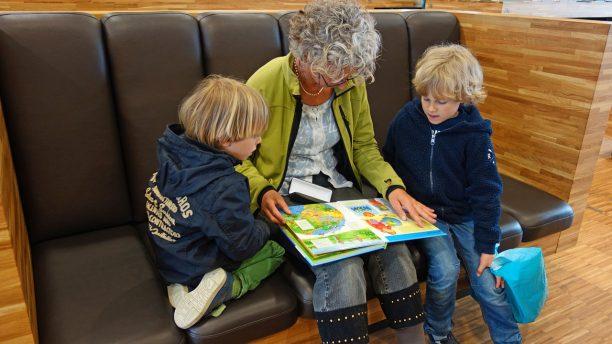 Comment et pourquoi utiliser la stratégie de lecture répétée avec les enfants 2