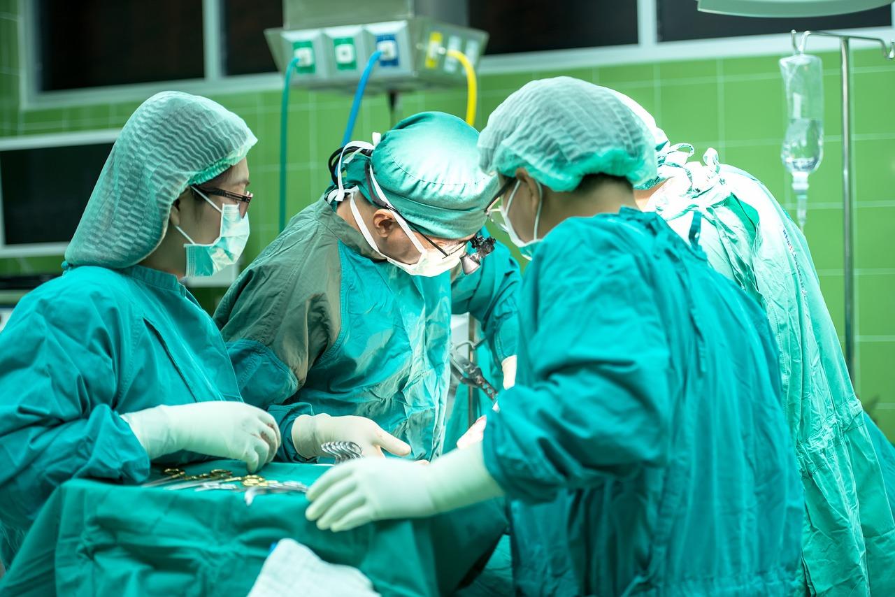 Chirurgiens en Tunisie 1