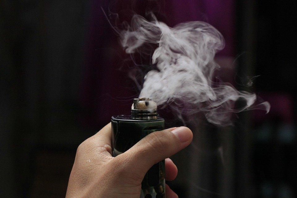 Cigarette électronique et vapotage : Point santé