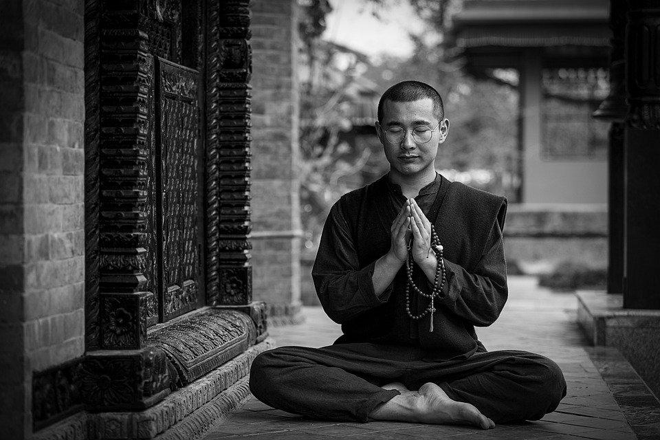 La méditation Vipassana : les bases fondamentales