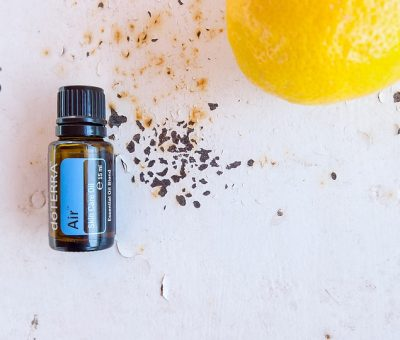 L'huile essentielle de Ravintsara : remède naturel affections ORL, grippe